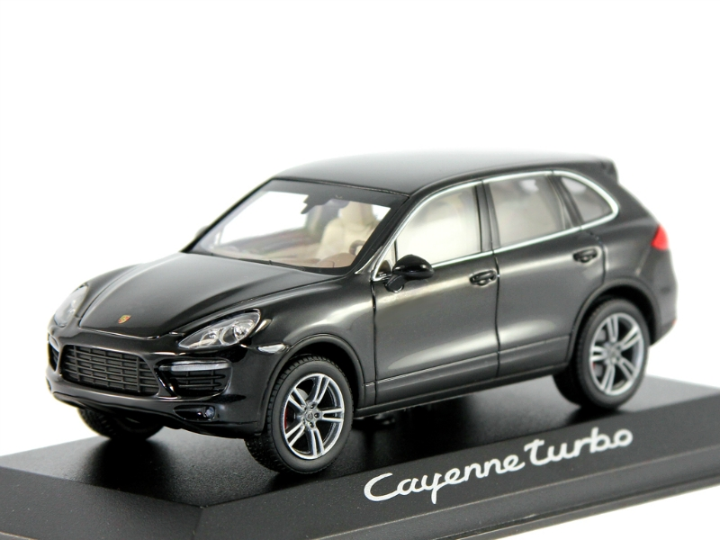 масштабные модели автомобилей porsche cayenne turbo 2010