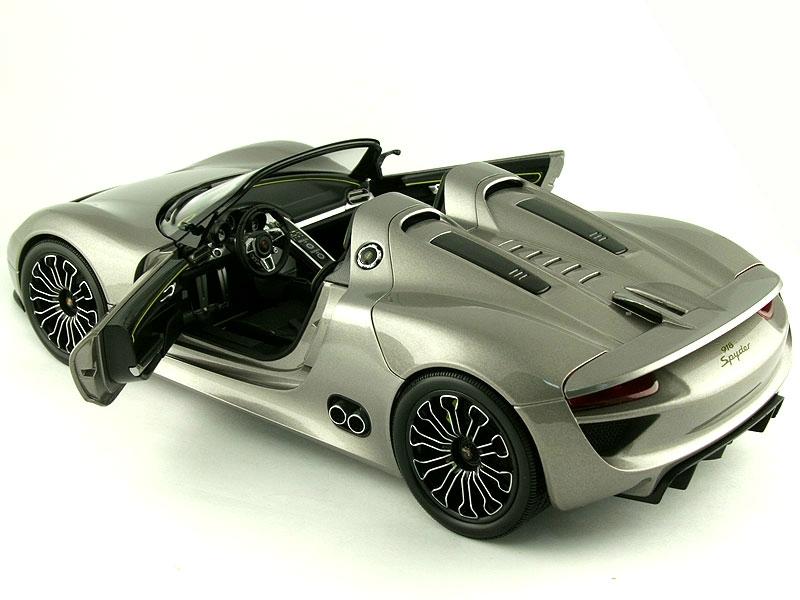 масштабные модели 1:18 porsche 918