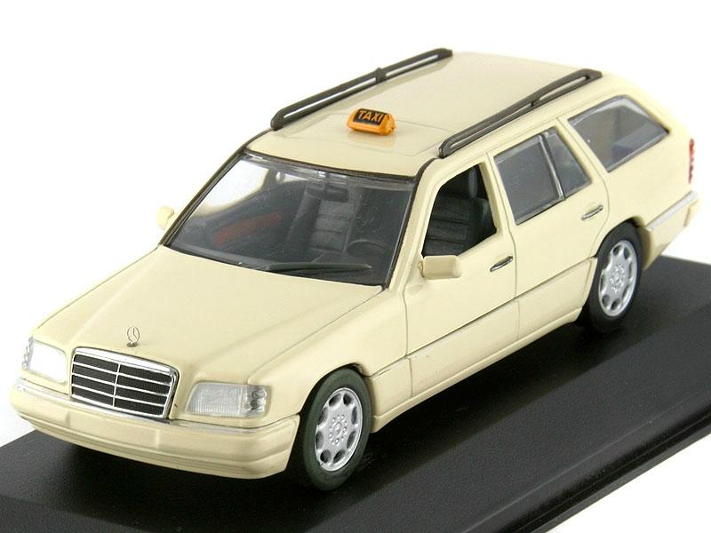 1 43 mercedes benz e class t modell taxi. Black Bedroom Furniture Sets. Home Design Ideas